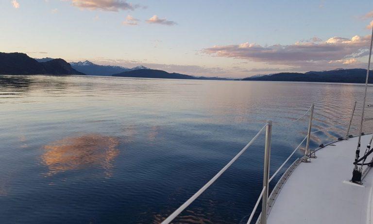 boat-rentals-san-carlos-de-bariloche-rio-negro-processed (1)